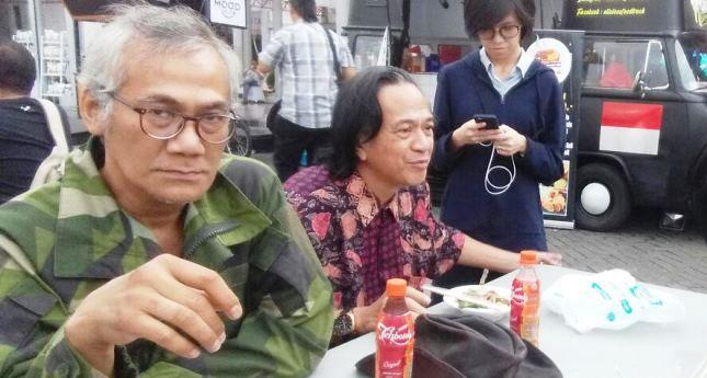 Tio Pakusadewo Dalam Satu Kesempatan bersama Ray Sahetapy (foto: AMZ/INDUSTRY.co.id)