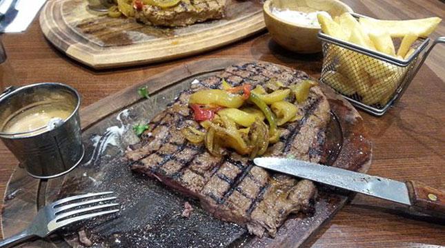 Restoran Ibrahims Grill and Steak House di Inggris (Foto:tripadvisor.co.uk)