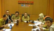 Deputi Bidang Restrukturisasi Usaha Kemenkop dan UKM, Abdul Kadir Damanik dalam konferensi pers, Rabu (23/1/2018) di Jakarta.