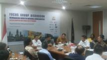 "Fokus Group Discussion (FGD) Kadin ""Membangun Industri Nasional Berkelanjutan Sektor Industri Hulu Migas dan Petrokimia"" (Foto: Ridwan)"