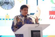 Menteri Perindustrian, Airlangga Hartarto saat membukan Rapat Kerja Kementerian Perdagangan (Foto: Humas)