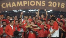 Presiden Jokowi dan Tim Persija Juara Piala Presiden 2018 (Foto Setkab)