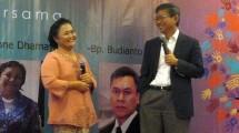 Advisor PT. Jababeka, Dianne Damayanti berbincang dengan Chairman Jababeka Group S.D. Darmono