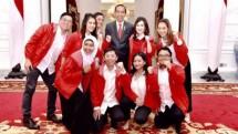 Presiden Jokowi bersama Ketum dan Pengurus PSI (Foto Dok Industry.co.id)