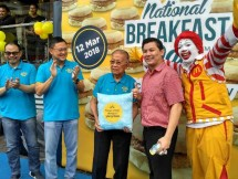 McDonald`s kembali menggelar National Breakfast Day dengan membagikan 167.000 Chicken Muffin