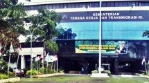 Gedung Kementerian Tenaga Kerja dan Transmigrasi (sp.beritasatu.com)