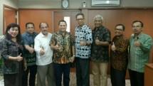 Presiden Direktur PT Jorong Port Development Wisnu Soehardjo bersama Pjs Bupati Tanah Laut Achmad Sofiani saat menemui Plt Dirjen PPI Kemenperin I Gusti Putu Suryawirawan (Foto: Dok. Industry.co.id)