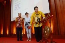 Menperin Airlangga Hartarto bersama Menristekdikti Mohammad Nasir dan Duta Besar Konfederasi Swiss untuk Indonesia Yvonne Baumann (Foto: Humas)