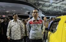 Presiden Jokowi bersama Menperin membuka IIMS 2018 (dok Industry.co.id)