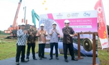 Direktur PT Jababeka Creed Residence, Handoyo Lim saat acara Ground Breaking Kawana Golf Residence (Foto: Ridwan/Industry.co.id)