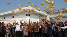 Pelepasan balon pada ulang tahun ke-28 The Papandayan Hotel