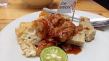 Batagor Kingsley, Kuliner di Bandung (Foto: Chodijah Febriyani/Industry.co.id)