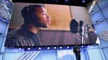 John Legend Pelantun lagu All Of Me (Foto Reuters)