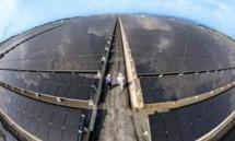 Ilustrasi Energi Terbarukan Panel Surya