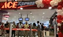 Manager Operational Ace Xpress Tangcity Hasan Basri saat pembukaan gerai Ace Hardware Xpress di Tangcity Mall