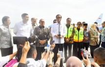 Kehadiran Presiden Joko Widodo dengan pesawat kepresidenan, Kamis (24/5), menandai beroperasinya Bandara Internasional Jawa Barat (BIJB) Kertajati. Bandara yang berada Majelengka ini siap melayani arus mudik Lebaran 2018.