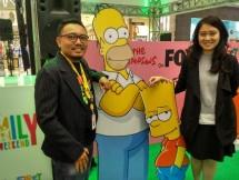Kiri-Kanan (Djoko Adnan, Marketing Communication Department Head PT Link Net Tbk (First Media), Lesley Simpson, Marketing Manager Fox Networks Group Indonesia