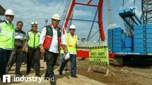 Menteri PUPR Basuki Hadimuljono di lokasi pembangunan Jembatan Kali Kuto