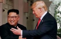 Presiden AS Donald Trump dan pemimpin Korea Utara Kim Jong-un di Singapura (FotoDok Industry.co.id))