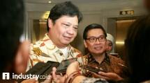 Menteri Perindustrian Airlangga Hartarto dan Ketua Umum HKI Sunny Iskandar