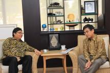 Menteri Perindustrian Airlangga Hartarto saat menerima kunjungan Presiden DirekturbJaoan External Trade Organization (JETRO) Daiki Kasugahara (Foto: Dok. Kemenperin)