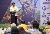 Menteri Perindustrian Airlangga Hartarto saat membuka Kongres AGII ke-10 di Surabaya, Jawa Timur