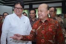 Menteri Perindustrian Airlangga Hartarto bersama Direktur Utama PT Pupuk Kaltim Bakir Pasaman (Foto: Dok. Kemenperin)