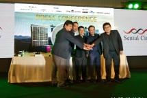Direktur Utama PT Izumi Sentul Realty Ricky Kinanto Teh bersama Founder PROJEK dan PROVIZ Andi K Natanael saat acara konferensi pers apartemen Opus Park (Foto: Ridwan/Industry.co.id)