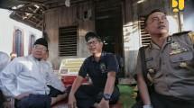 Kepala Balitbang Danis H. Sumadilaga mengunjungi rumah Zohri