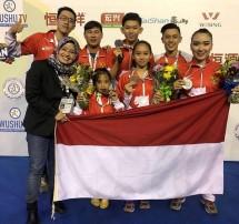 Atlet Wushu Indonesia berhasil kumandangkan lagu Indonesia Raya di Brasil (Foto: Dok. PB WI)