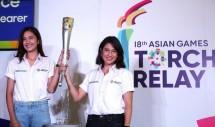 Dian Sastro dan Mikha Tambayong dalam jumpa pers Torch Relay Asian Games 2018. (Foto: Detik.com)