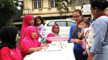 Kegiatan Mobile Clinic dilakukan sebagai bagian dari program peduli kesehatan bagi ibu dan balita di daerah Cikarang Utara. (Dok. Jababeka Infrastruktur)
