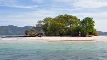 Ilustrasi sebuah pulau kecil yang diperjualbalikan di Lombok Barat, NTB. (STR/AFP/Getty Images)