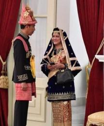 Presiden Jokowi dan Ibu negara Iriana Jokowi (Foto Dok Industry.co.id)
