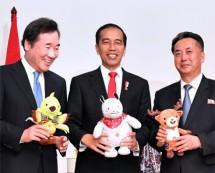 Presiden Joko Widodo bertemu pemimpin Korea Utara dan Korea Selatan di Cofftea House, Kompleks Gelora Bung Karno, Jakarta