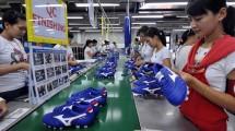 Pabrik Sepatu di Indonesia (ADEK BERRY/AFP/Getty Images)