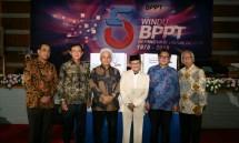 Kepala BPPT Unggul Priyanto bersama BJ. Habibie saat perayaan HUT BPPT ke 40 Tahun (Foto: Dok. BPPT)