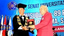 Acara Wisuda Sarjana dan Pasca Sarjana ke-83 periode III tahun 2018 Universitas Muhammadiyah Malang (UMM)