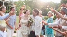 Ilustrasi Menikah Muda (Tom Merton/Getty Images)