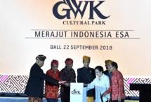 Presiden Joko Widodo (Jokowi) meresmikan patung Garuda Wisnu Kencana (GWK) di kawasan GWK Cultural Park, Bukit Ungasan, Kabupaten Badung Bali, Sabtu (22/9/2018) malam. (Foto: Humas Biro Staf Presiden)