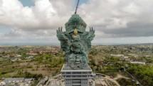 Patung Garuda Wisnu Kencana dinyatakan selesai dibangun di lokasi baru, Garuda Wisnu Kencana Culture Parki. Icon baru Bali, salah satu patung tertinggi di dunia, 271 meter, Habiskan 3.000 ton atau setara 2,5 hektar lembaran tembaga.