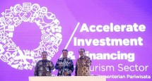 Sekretaris Kementerian Koperasi dan UKM Meliadi Sembiring saat memberikan sambutan pada acara Rakornas Pariwisata III 2018 Kementerian Pariwisata, di Jakarta, Rabu (26/9)