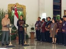 Presiden RI Joko Widodo (Jokowi) mengadakan pertemuan bilateral dengan Perdana MenteriSingapuraLee Hsien Long di Nusa Dua, Bali