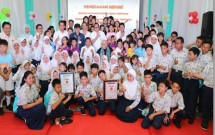 BNI Pecahkan Rekor MURI, Ajak 3.500 Pelajar Belajar Perbankan Serentak (Foto Rino)