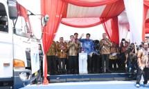 Menteri Perindustrian Airlangga Hartarto saat melepas ekspor perdanaAll New Ertiga dan New Scooter Nex II di Pabrik Suzuki Cikarang, Bekasi, Jawa Barat (Foto: Kemeneprin)