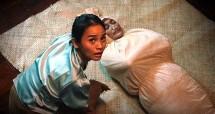 "Acha Septriasa dan Jajang C Noer dalam film ""Jaga Pocong"""