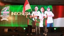 Tim Mekanik asal Indonesia yg diwakili oleh (ki-ka) Hari Wijaya (Nusantara Motor Jakarta), Rohim (Vergita Motor Sidoarjo), Mualim (Berkat Motor Tangerang)