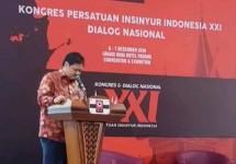 Menteri Perindustrian Airlangga Hartarto saat membuka Kongres ke-XXI Persatuan Insinyur Indonesia (Foto: Kemenperin)