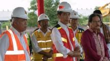 Menteri PUPR Basuki Hadimuljono bersama Presiden Jokowi