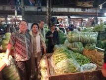 Gayatri Foundation dan Paskomnas di Pasar Induk Tanggerang